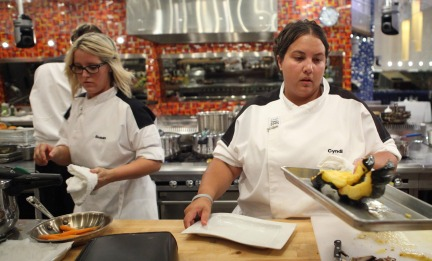 Hell's Kitchen 2013 Season 11 - Episode 17