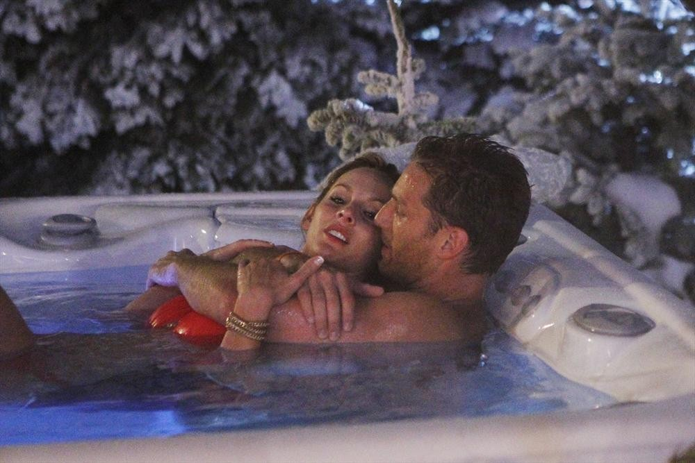 The Bachelor 2014 Spoilers: Photos From Juan Pablo's First Date